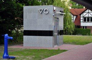 Toaleta publiczna Budotechniki w Pilchowicach na targowisku